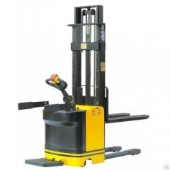 Штабелер электрический г/п 1,5т самоходный с платформой для оператора 5,5м